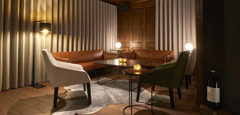 luxury interior design zermatt kylie grimwood quattrois quattro hotel christiania bar